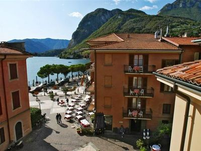La Piazza Menaggio, ideal location for exploring both the town and the lake