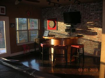 Basement game room, pool table, bar, access to lake