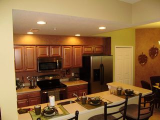 Heritage Bay condo photo - Kitchen