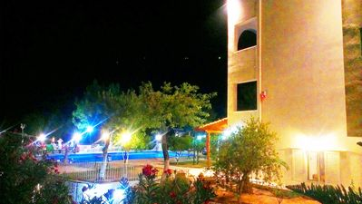 Marathon villa rental - villa night view