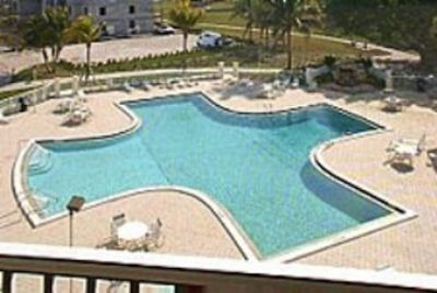 Cape Coral condo rental - Beautiful pool! Warm sunny and inviting!