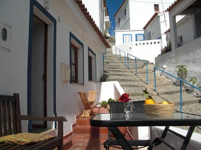 'Casa do Castelo' in the old town with a great view and 2 terraces