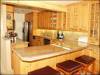 Vail house photo - Fully Equipped Kitchen Bar Seating for 3