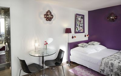 Design & Luxurious Apartment in the Heart of Marais A/C - 2 minutes to metro