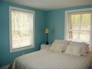 Ithaca cottage photo - Queen Size Bedroom