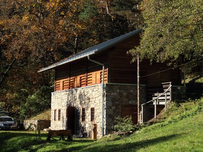 Renovated in 2006, charming holiday home by the woods