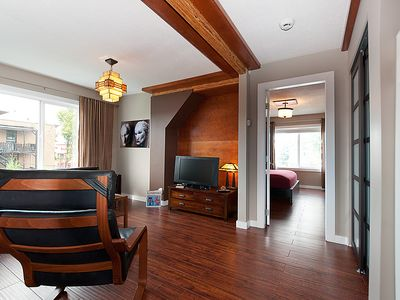 INUKSHUK LOFT RATE:  $140/night; $900/week; $1650/month (Oct 31-April 30 only)