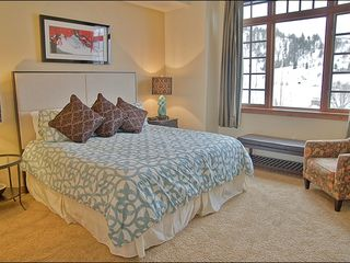 Steamboat Springs townhome photo - Large Master Bedroom with King, HDTV, 5 Piece Ensuite Bath, & River View.