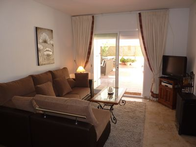 Estepona Port - Estepona Town apartment rental - Comfortable lounge leading to the terrace