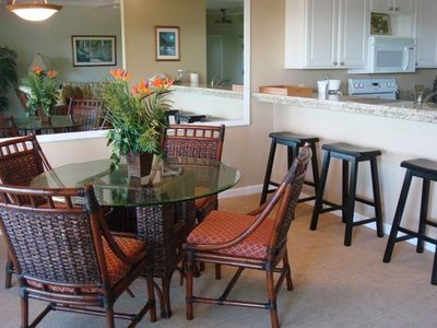 Ocean View Dining room and Granite Counter Breakfast Bar