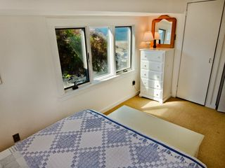 Vineyard Haven cottage photo - Ocean View From Bed