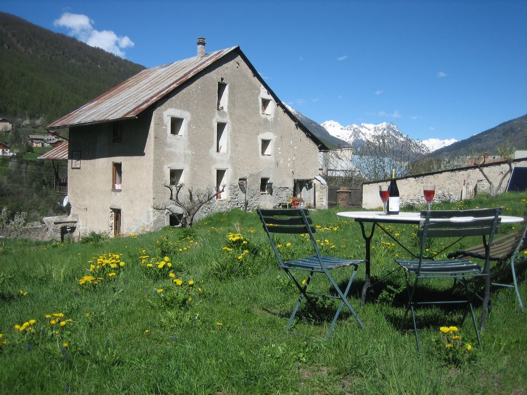 Air-conditioned accommodation, 35 square meters , Saint-chaffrey, France