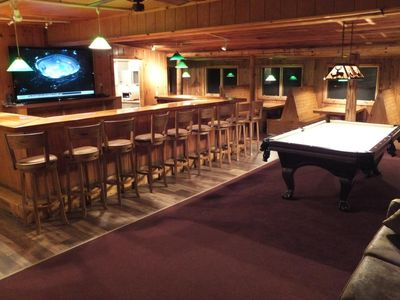 Clam Lake Lodge bar/amusement area with 80 inch Sharp HDTV, wifi and BluRay