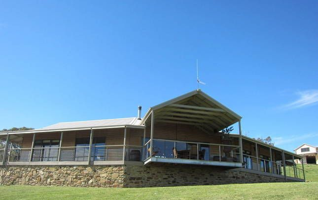 DRY CREEK RETREAT luxury house getaway Lake Eildon