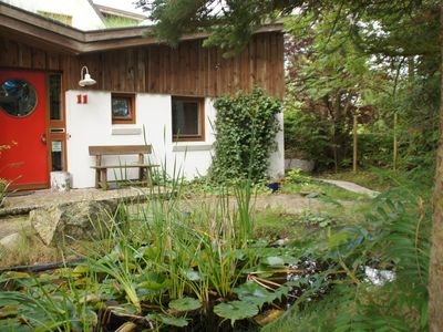 Close to town in a quiet green area - private entrance and parking