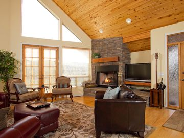 Family Room/Great Rm. Read, relax, play one our our many board games or Wii.