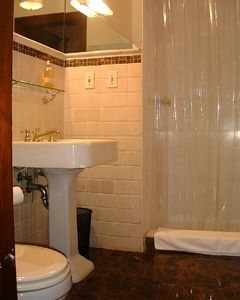 En-Suite Marble Bathrooms