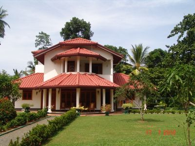Villa Elephant house