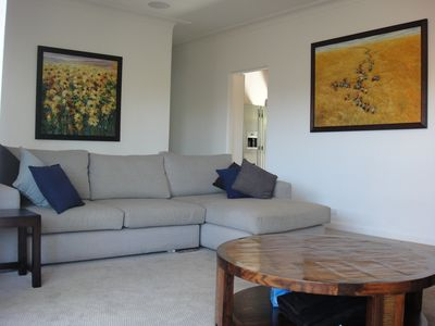Manly house rental - Lounge area