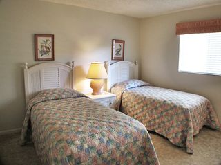Sanibel Island condo photo - Guest Suite has two twin Beds