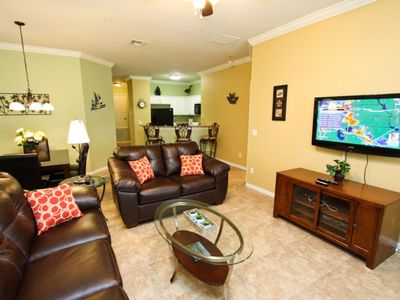 $100/nt Fall Special for this Oakwater Condo with Water Views, 3 Miles To Disney, Walk to Walmart