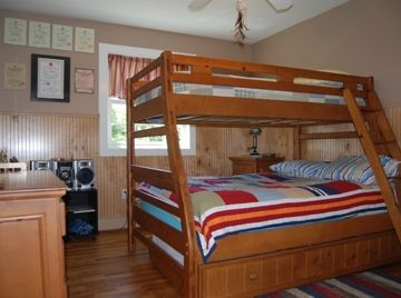 second floor bedroom 1 bunk with trundle (Queen bed option)