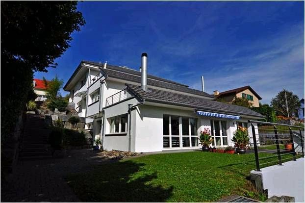 Sunny and quiet holiday rental, close to Zurich downtown