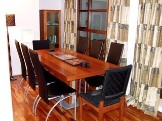 Canary Wharf & Docklands apartment photo - Dining table seats eight