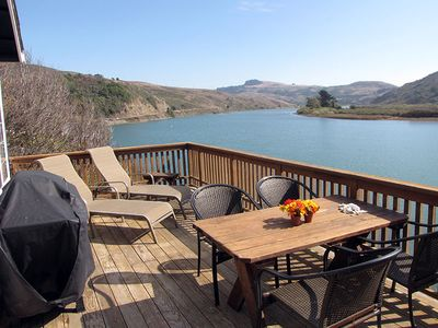 Upper River Deck table, chaise, gas grill