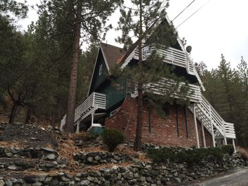 Wrightwood chateau / country house rental - Large A Frame bordering Angeles National Forest