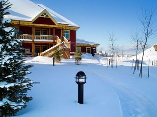 Collingwood cottage photo - Resort Grounds in Winter at the Club Intrawest Blue Mountain Resort