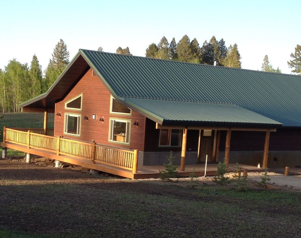 West Yellowstone House Rental Fox Den Lodge 8 Miles From