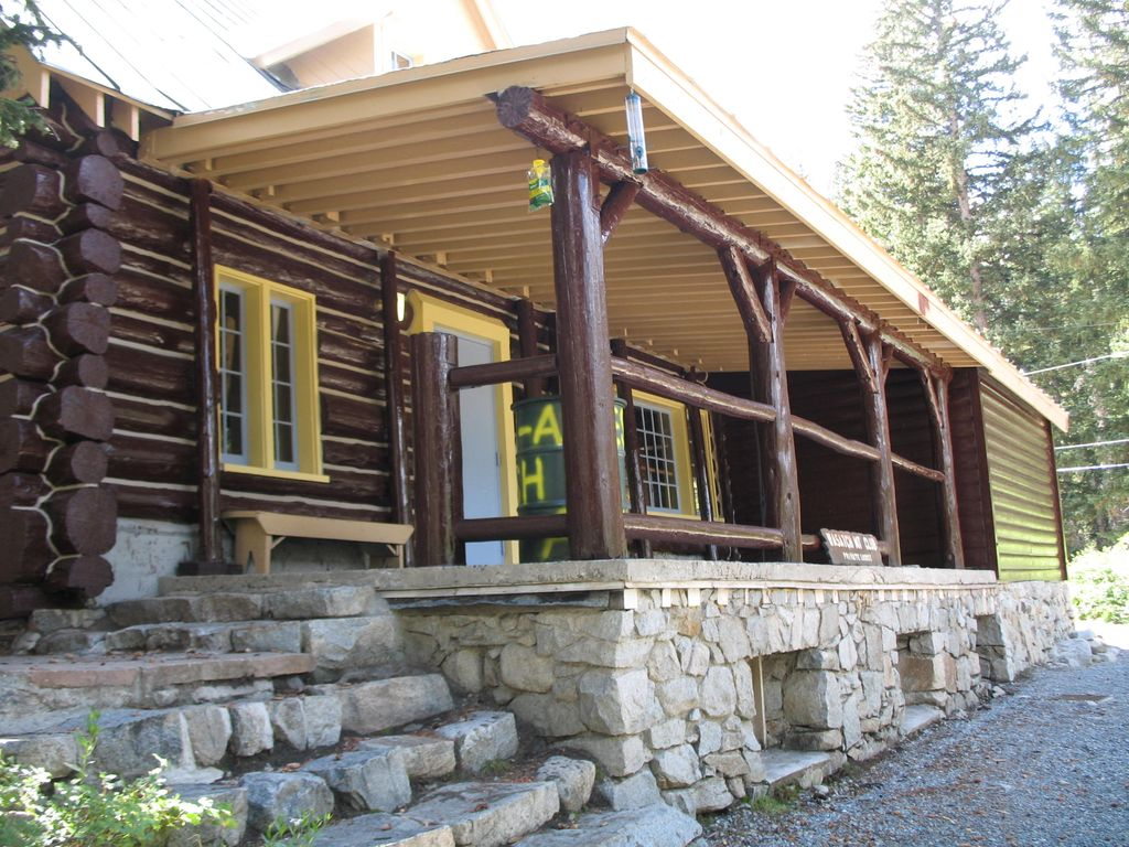 The Historic Rustic Wasatch Mountain Lodge VRBO