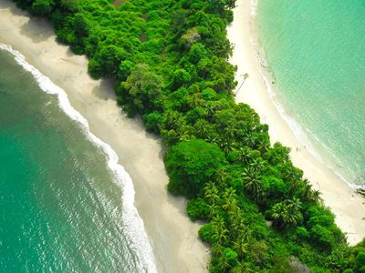 Manuel Antonio National Park Beaches are walking distance from the Villa!