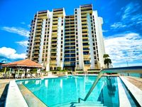 440 West Condos 1508 S WALK TO THE BEACH AND MORE!