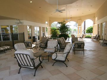 Indoor and outdoor meeting areas. Condo on ground level - no elevator hassle!