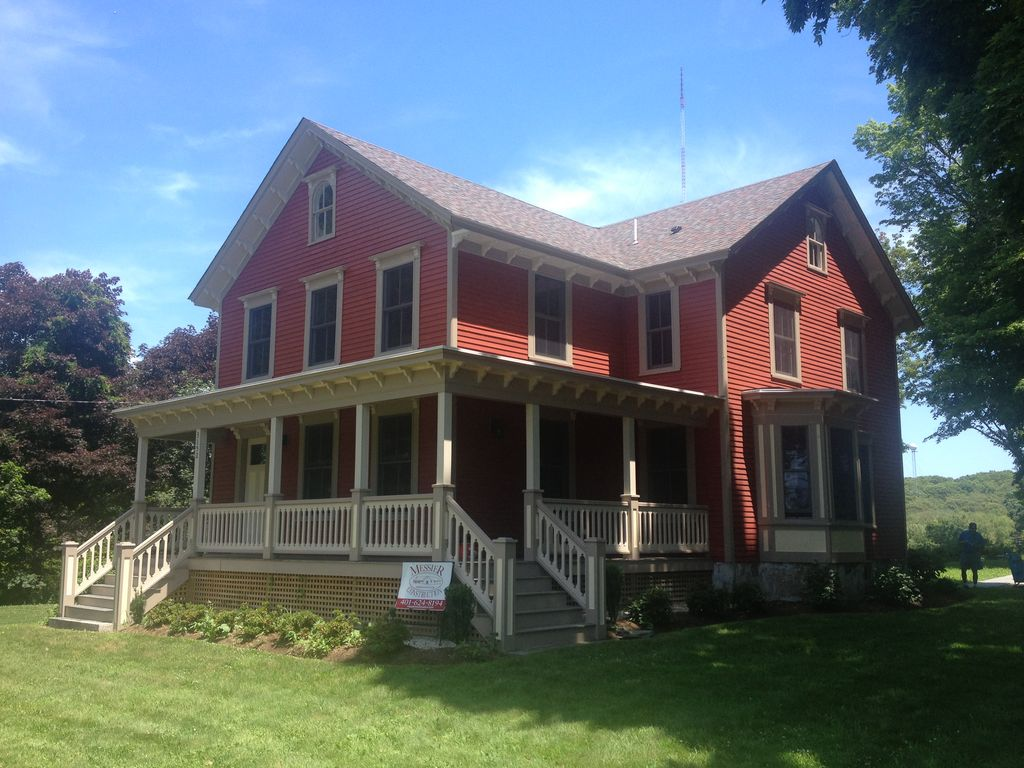 1875 New England Farmhouse pleted VRBO