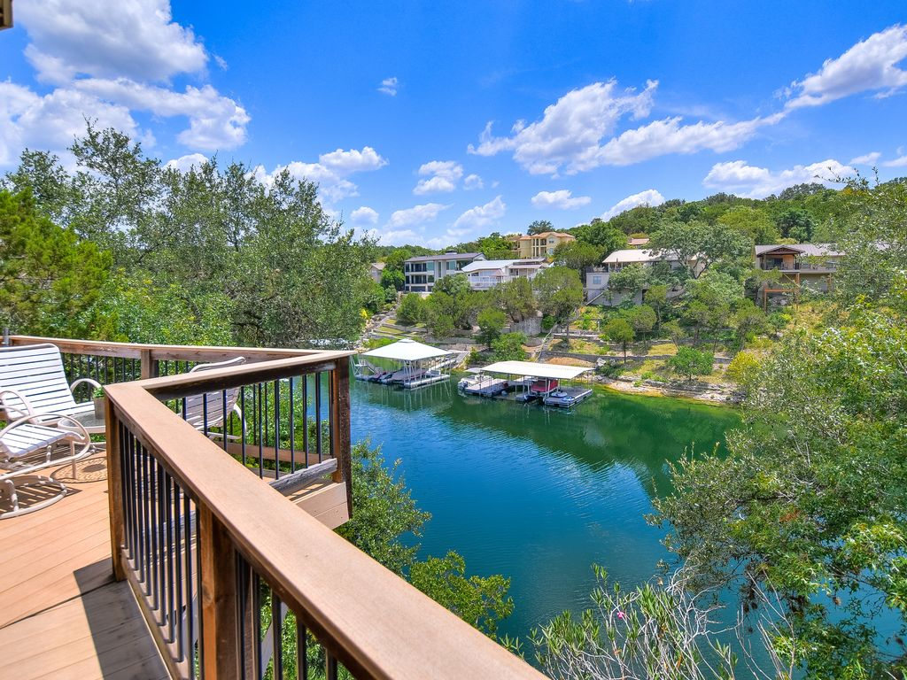 The Treehouse on Lake Travis, Great View