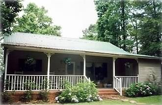 Lake Eufaula / Walter F. George house rental - Relax on the Rocking Chair Front Porch