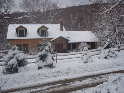 Warm & cozy in ski country!