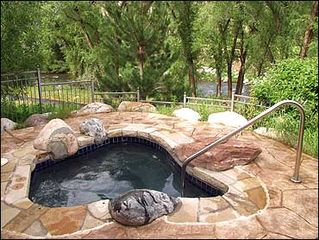 Edwards house photo - Riverside Natural Stone Hot Tub