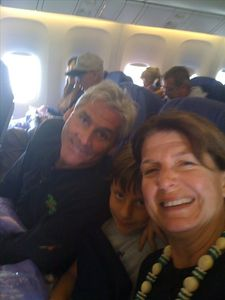 Ruthan, Dave & Maui-- owners of 414 Flying to Hawaii 12/21/2011!