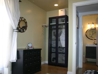 Del Mar house photo - Little Bedroom: wardrobe; with full bath next door