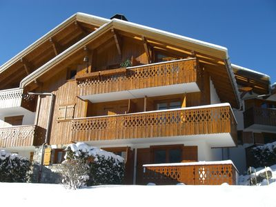 Beautiful apartment with terrace (50m2) on the ground floor in chalet