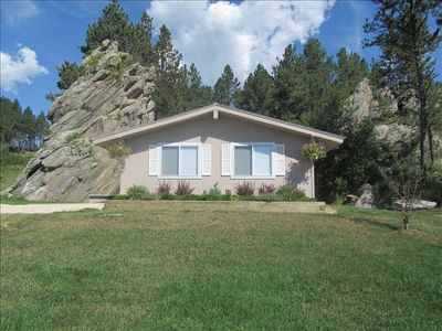 Front of Vacation Home with the historic Bear Rock next to it.