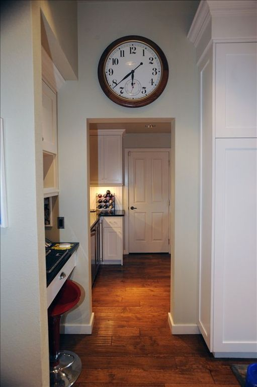 PANTRY; PERFECT FOR ENTERTAINING