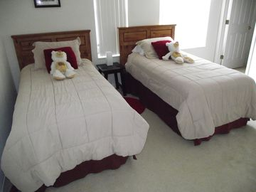 Front Twin Bedded room