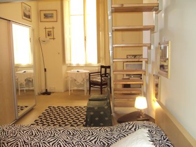 Charming studio apartment along the Arno, by 2 people