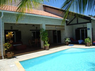 Great house and very nice amenities in a residential area in La Corniche.
