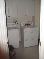 Lincoln house photo - laundry room